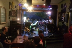 buurtfeest straatfeest barbecue feest met muziek coverband the durans kan het4