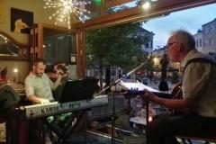 buurtfeest straatfeest barbecue feest met muziek coverband the durans kan het